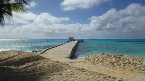 サイパン格安旅行の旅 2日目 マニャガハ島 桟橋