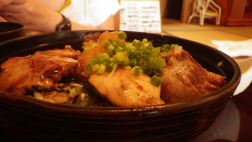 伊豆半島一周の旅 伊豆高原 本家鮪屋本店 マグロのステーキ丼