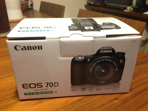 EOS 70D EF-S18-135 IS STM レンズキットを購入