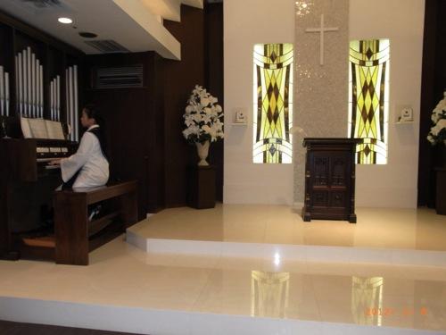 結婚式 ホテルコンチネンタル横浜 教会